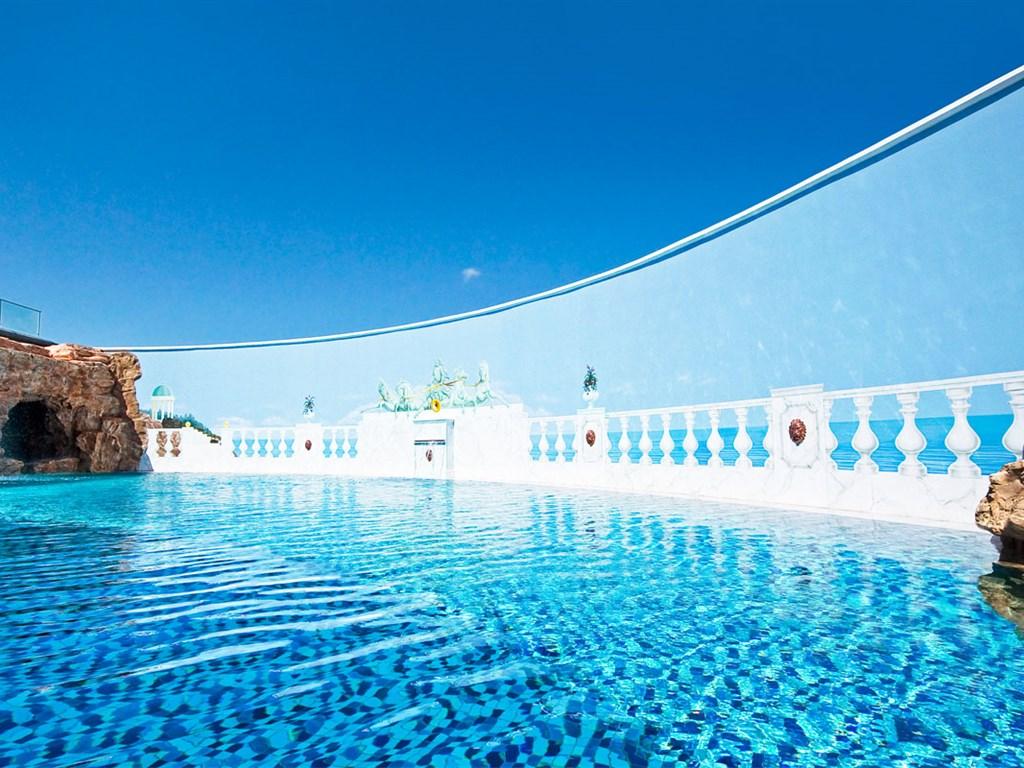 La Marquise Luxury Resort Complex