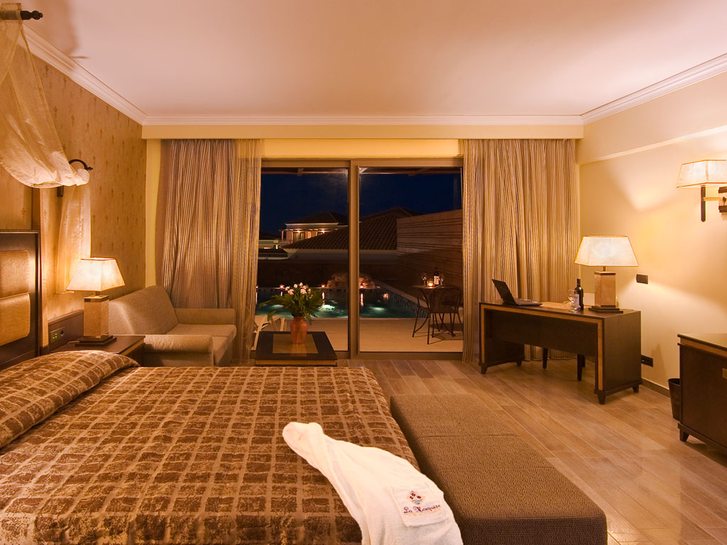 La Marquise Luxury Resort Complex: Bungalow
