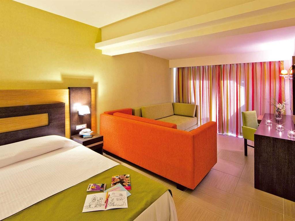 Mistral Hotel: Triple Room