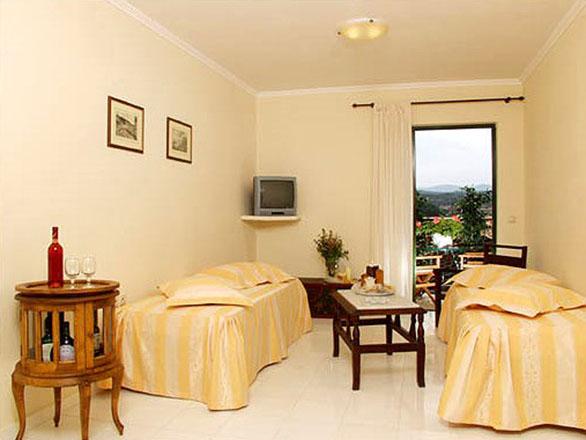 Strofades Beach Hotel: Family Room