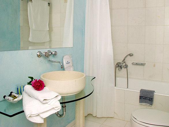 Strofades Beach Hotel: Bathroom