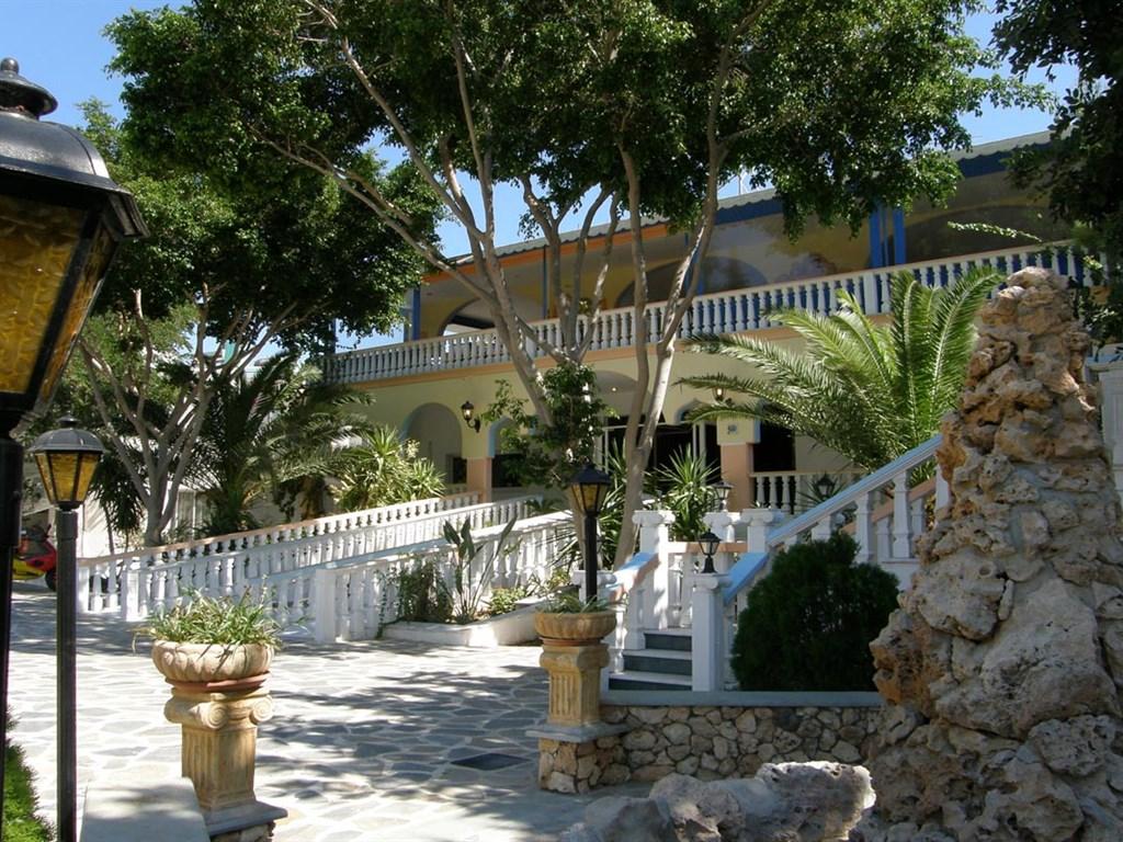 Pefkos Garden Hotel