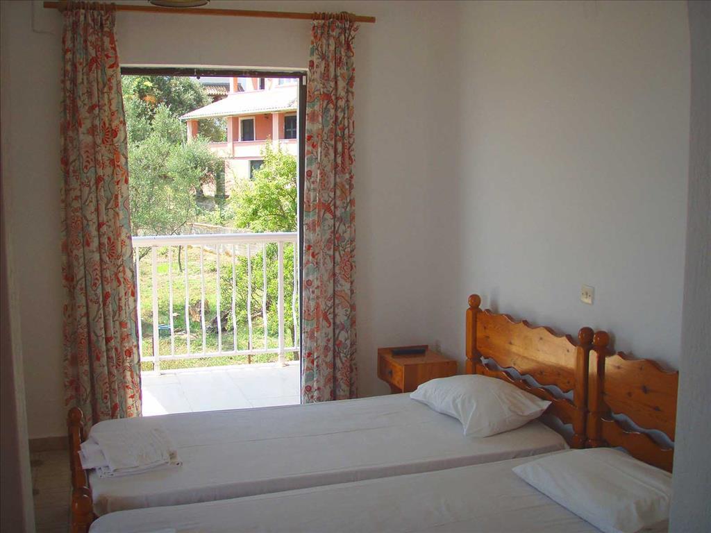 Evi-Ariti Apartments: Studio