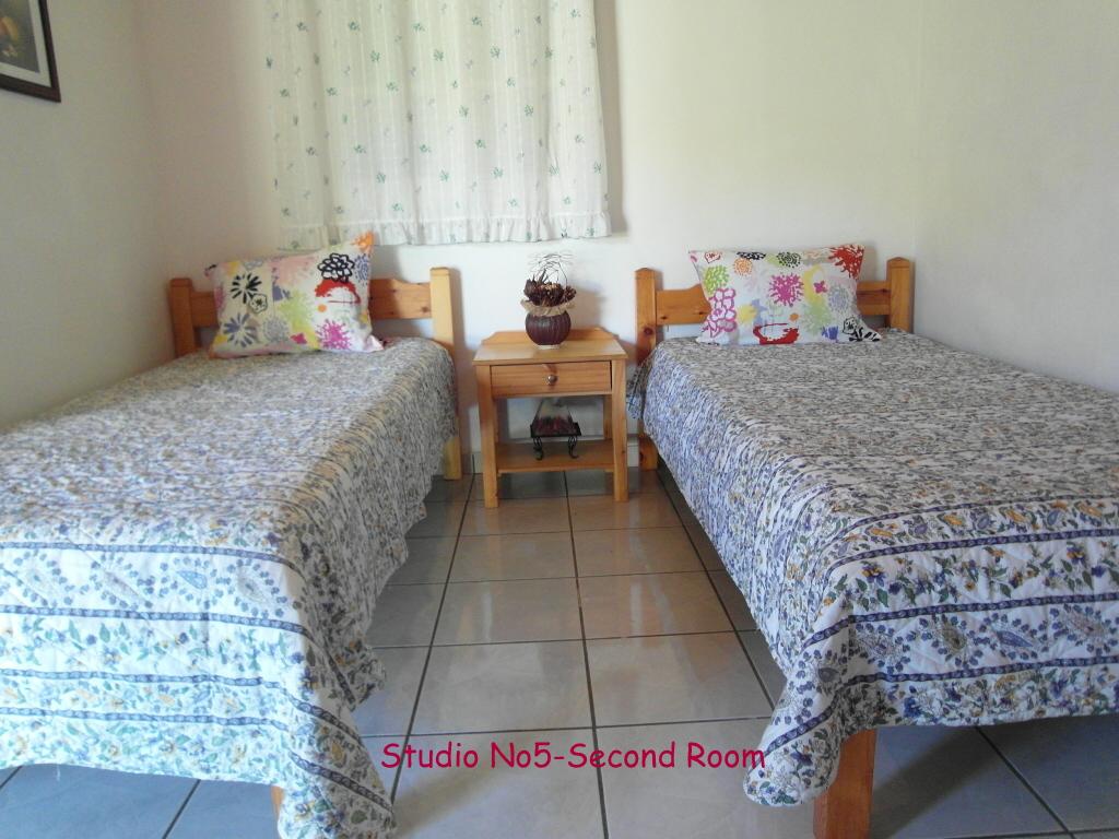 Almiros Apartments