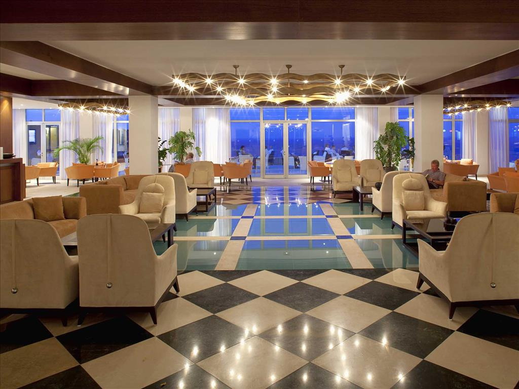 Mareblue Apostolata Resort & Spa: Lobby
