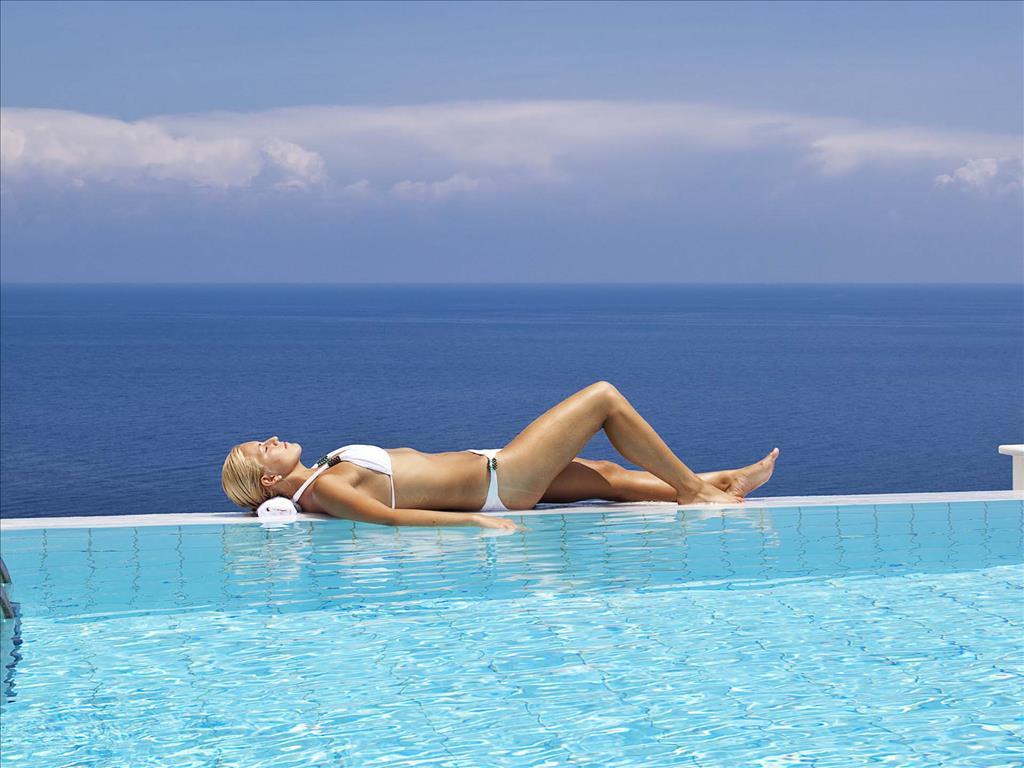 Mareblue Apostolata Resort & Spa: Swimming Pool