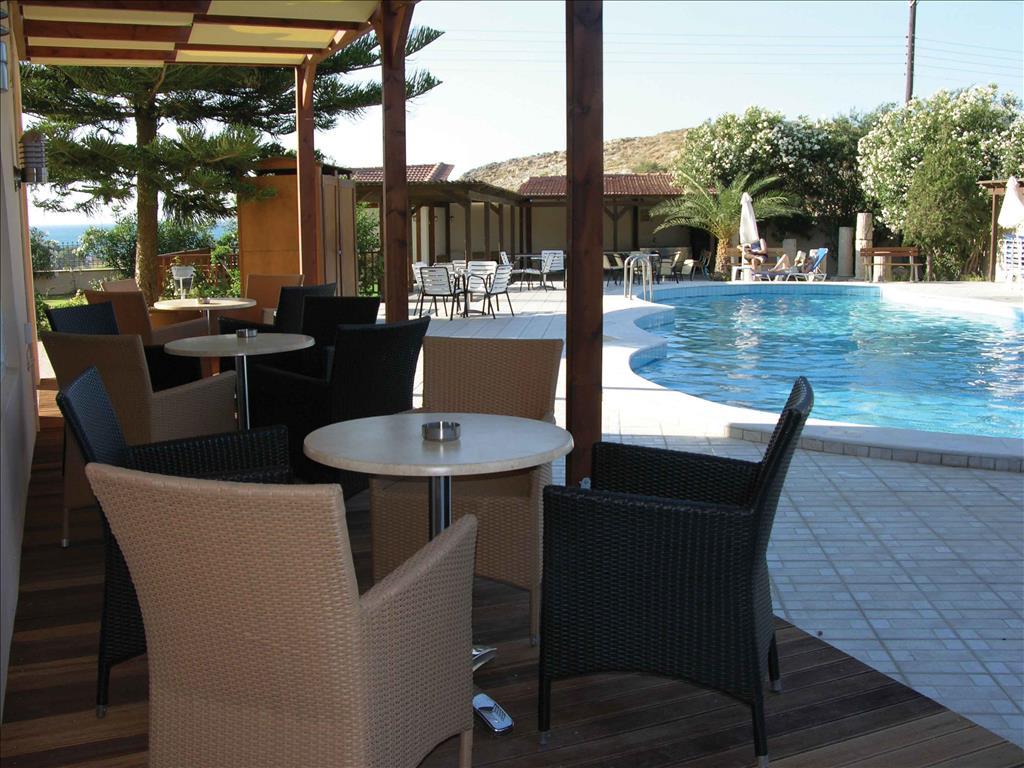 Karteros Hotel: Pool Bar