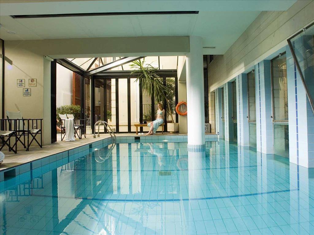 Aquila Atlantis Hotel: Indoor Pool