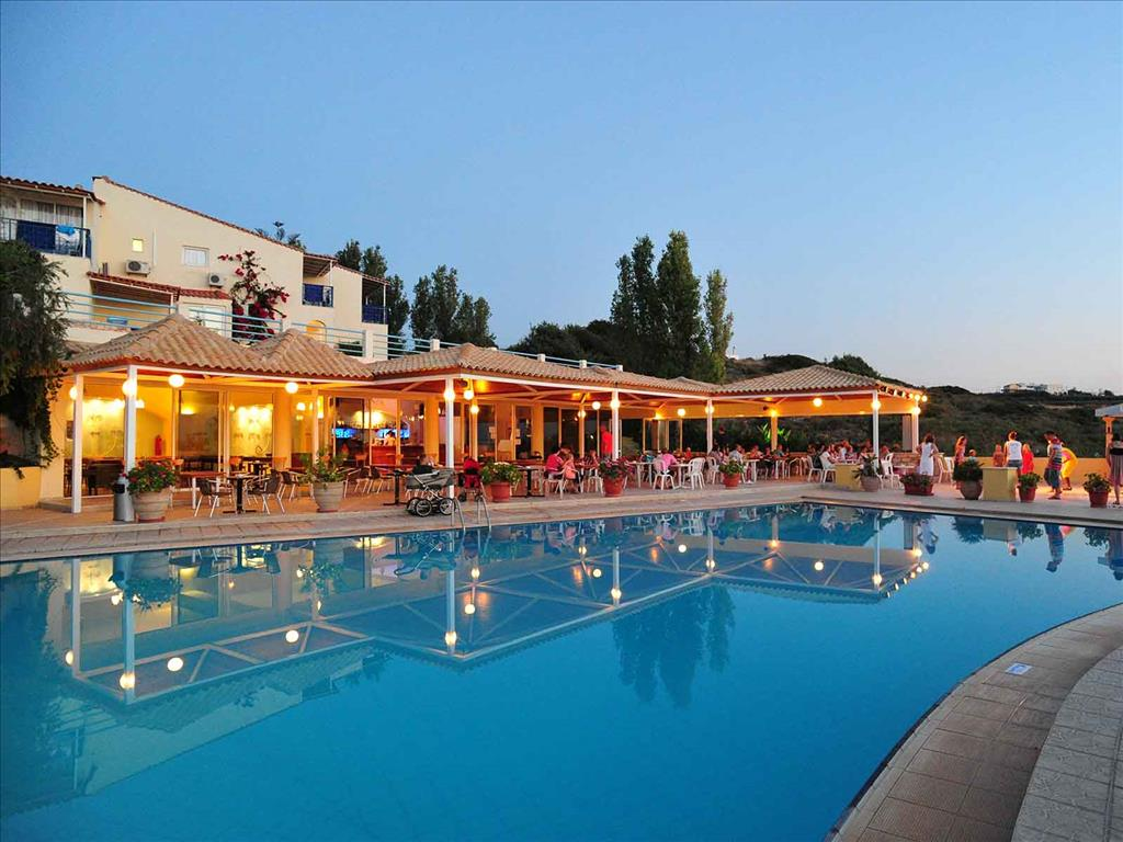 Rethymno Mare & Water Park: Pool Bar