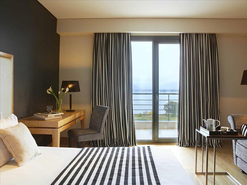 Limneon Resort & Spa: Junior Suite