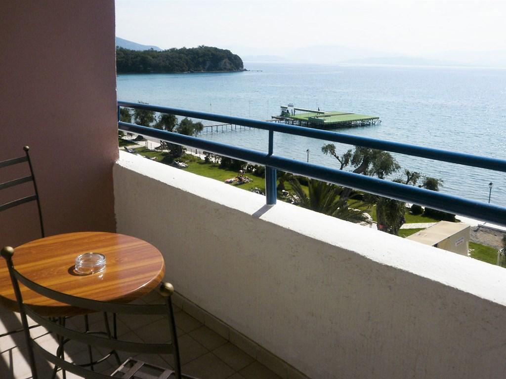 Elea Beach Hotel: Balcony
