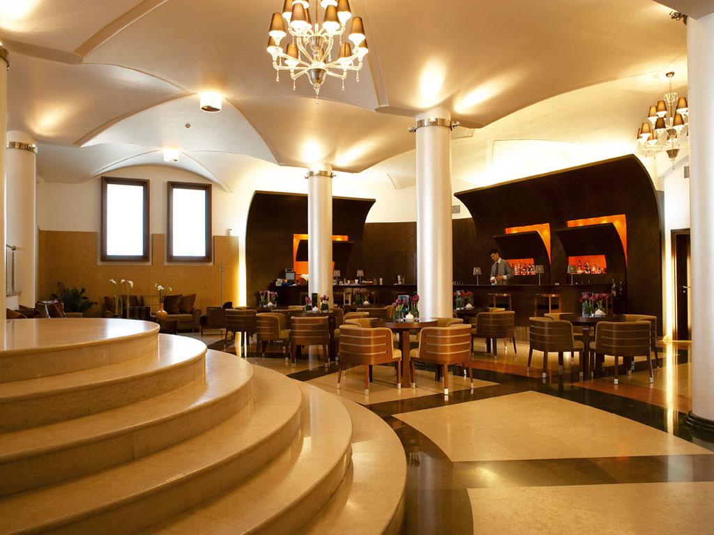 Porto Palace Hotel