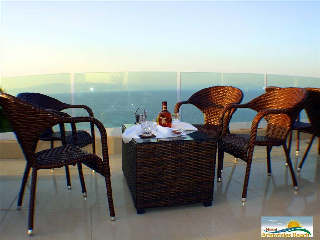 Aristoteles Beach Hotel : Terrace with sea view
