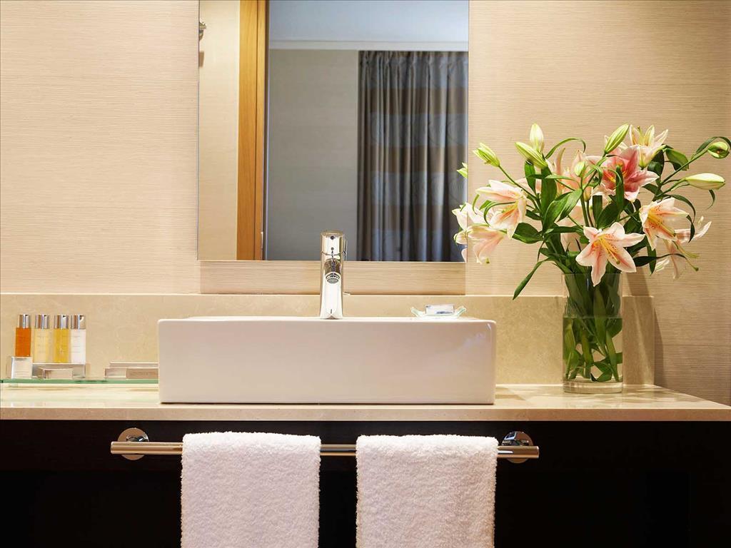 Galaxy Hotel : Bathroom