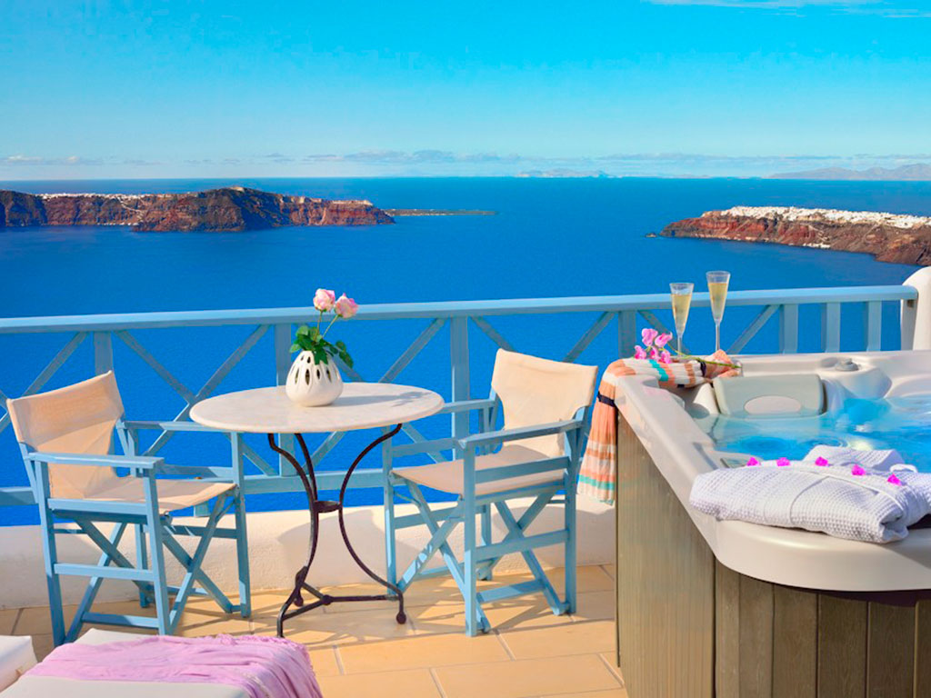 Absolute Bliss Imerovigli Suites