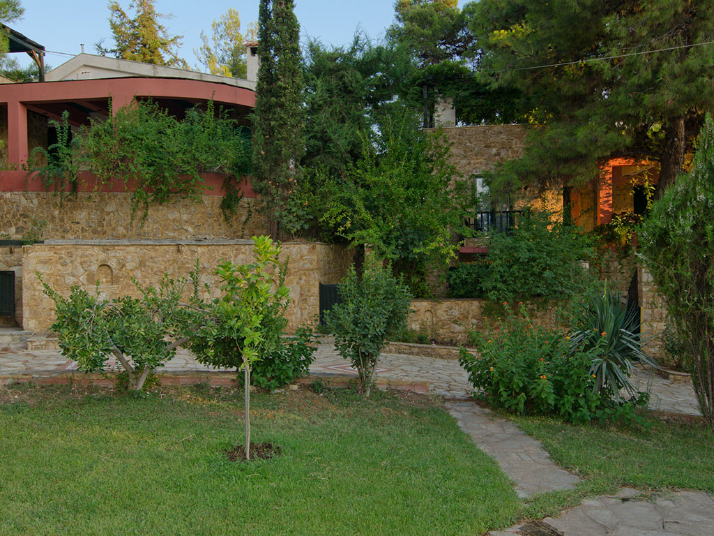 Villas Maria, Erato, Dimitra, Electra