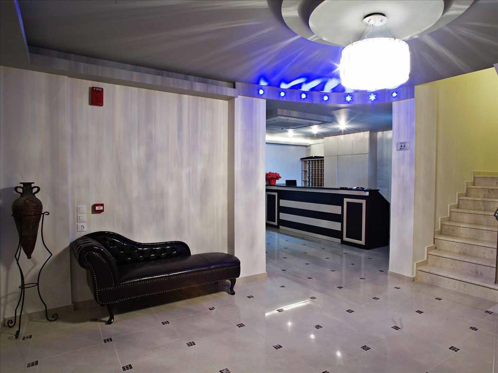 RG Status Hotel