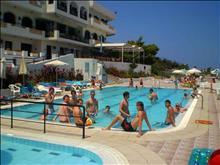 Stelios Horizon Beach Hotel: Pool
