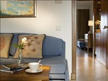 Aegean Melathron Thalasso Spa Hotel: Double Superior SV