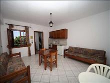 Renia Apartments: Apartment Room