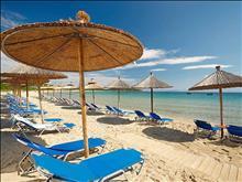 Bomo Chrousso Village Hotel: Beach