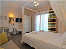 Ntinas Filoxenia Hotel & Spa: Superior Room