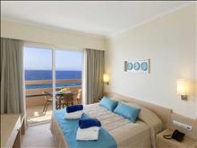 Sun Beach Resort Complex: Deluxe Suite SV Master Bedroom