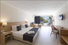 Corfu Holiday Palace: Superior Bgl Sharing Pool