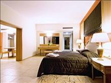 Kresten Royal Euphoria Resort: Royal Suite