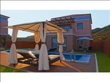 La Marquise Luxury Resort Complex: Villa Private Pool