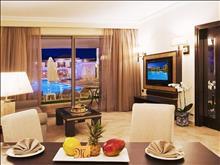 La Marquise Luxury Resort Complex: Luxury Suite