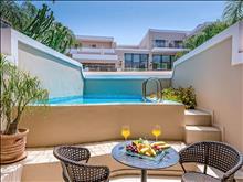 Porto Platanias Beach: Junior Private Pool
