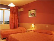 Eri Beach Hotel: Double Room