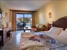 Toroni Blue Sea Hotel : Superior Room