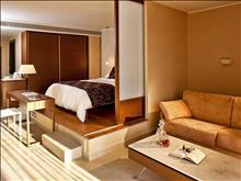 Olympic Palace Hotel: Junior Suite