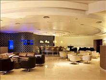 Olympic Palace Hotel: Lounge Bar
