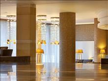 Olympic Palace Hotel: Lobby