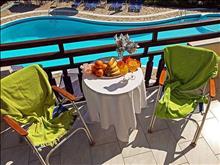 Macedon Hotel: Balcony
