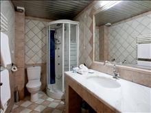 Bomo Kymata Hotel Platamonas: Bathroom