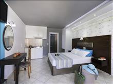 Asterias Hotel: Land View