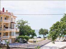 Asterias Hotel: Land View Building