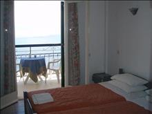 Loutrouvia Hotel: Double Room
