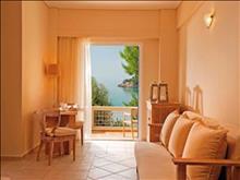 Alonissos Beach Bungalows & Suites Hotel