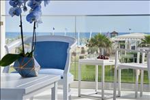 Mythos Palace Resort & Spa: Junior Suite PP Beach Front