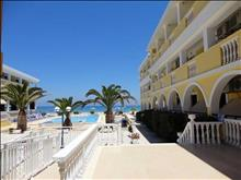 Konstantin Beach Hotel: Terrace
