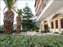 Kaiafas Lake Hotel
