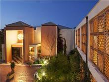 Mareblue Apostolata Resort & Spa: Entrance 2