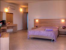 Lomeniz Blue Hotel: Family Room