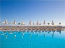 Peninsula Resort & Spa : Main Pool
