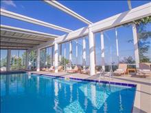 Peninsula Resort & Spa : Indoor Pool